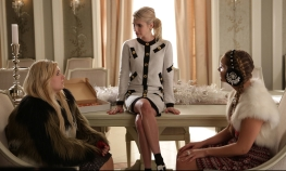 "SCREAM QUEENS: L-R: Abigail Breslin, Emma Roberts and Billie Lourd in the first part of the two-hour ""Dorkus"" and ""The Final Girls"" season finale episodes of SCREAM QUEENS airing Tuesday, Dec. 8 (8:00-10:00 PM ET/PT) on FOX. ©2015 Fox Broadcasting Co. CR: Patti Perret/FOX"